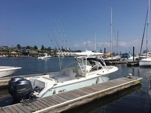 Used Sea Hunt Escape 250 Bowrider Boat For Sale
