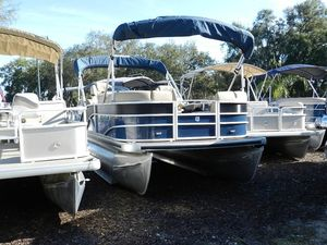New Sweetwater 215215 Pontoon Boat For Sale