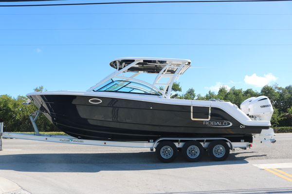 New Robalo R317R317 Center Console Fishing Boat For Sale