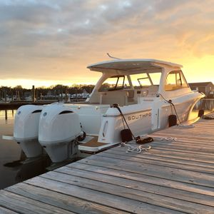New Southport 33 DC Cruiser Boat For Sale