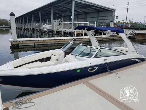 Used Cobalt 28 R7 WSS Ski and Wakeboard Boat For Sale