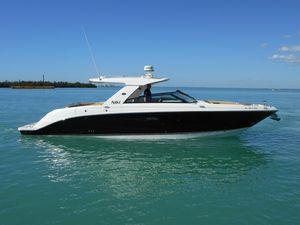Used Sea Ray 400 SLX Cruiser Boat For Sale