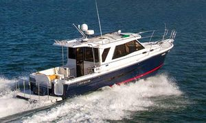 Used Cutwater 30 With Trailer Cruiser Boat For Sale