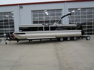 Used Princecraft Vectra 25 XT Pontoon Boat For Sale