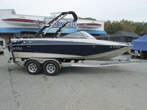 Used Malibu Boats Wakesetter VTXBoats Wakesetter VTX Ski and Wakeboard Boat For Sale