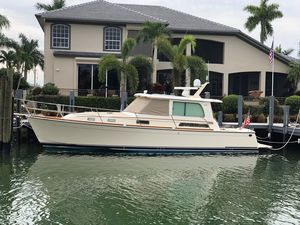 Used Sabre 42 Salon Express Cruiser Boat For Sale