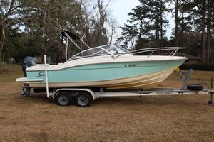 Used Scout 222 Dorado Center Console Fishing Boat For Sale