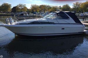 Used Bayliner 3255 Avanti Sunbridge Express Cruiser Boat For Sale