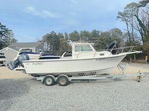 Used Parker 2320 SL Sport Cabin2320 SL Sport Cabin Saltwater Fishing Boat For Sale