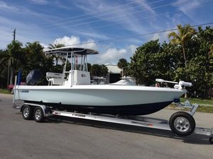 Used Contender 25 Bay Boat For Sale