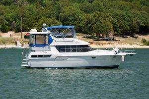Used Carver 390 Aft Cabin Motor Yacht For Sale