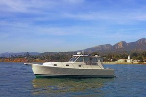 Used Mainship Pilot 34 Sedan Commercial Boat For Sale