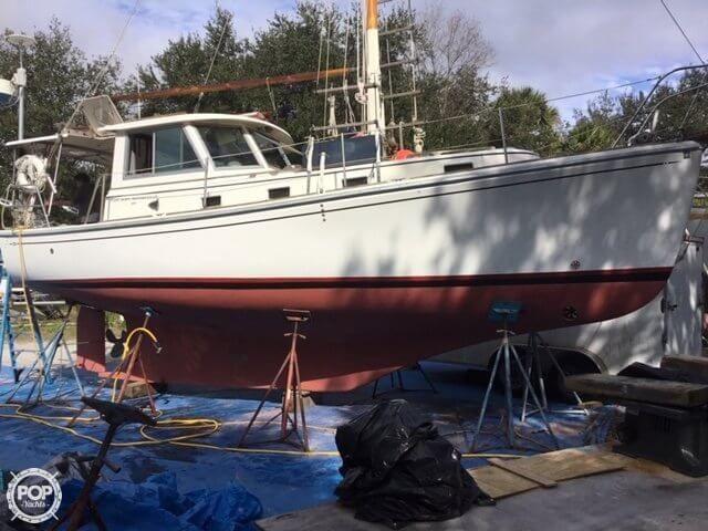 1986 Used Cape Dory MS 300 Motorsailer Sailboat For Sale