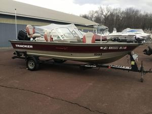 Used Tracker Pro Deep V 17Pro Deep V 17 Aluminum Fishing Boat For Sale