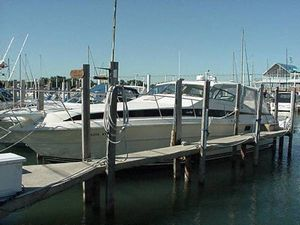 Used Sea Ray T-top Express Cruiser Boat For Sale