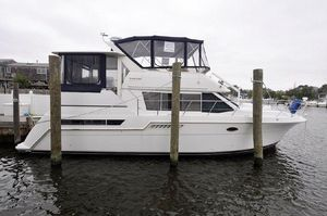Used Carver 405 Motor Yacht405 Motor Yacht Motor Yacht For Sale