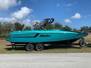 New Malibu Wakesetter 24 MXZWakesetter 24 MXZ Ski and Wakeboard Boat For Sale