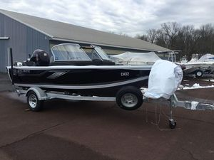New Crestliner 1750 Fish Hawk Walk-through JS1750 Fish Hawk Walk-through JS Aluminum Fishing Boat For Sale