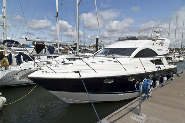 Used Fairline Phantom 43 Motor Yacht For Sale