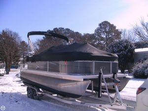 Used Veranda 22 Pontoon Boat For Sale