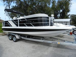 New Hurricane 236236 Deck Boat For Sale