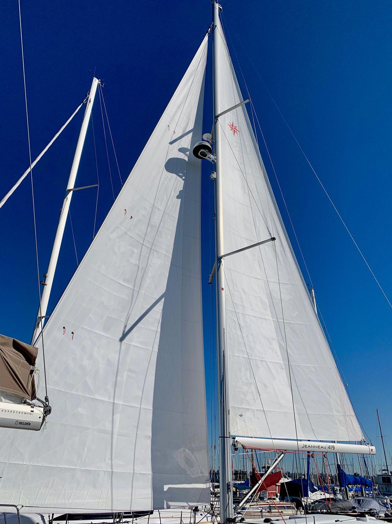 2019 Used Jeanneau 419 Sun Odyssey Racer and Cruiser