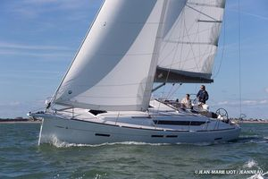 Used Jeanneau 419 Sun Odyssey Racer and Cruiser Sailboat For Sale