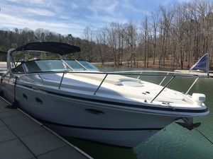 Used Chris-Craft 308 Express Cruiser Sports Cruiser Boat For Sale