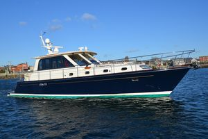 Used Hunt Yachts 44 Motor Yacht For Sale