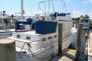 Used Present Yachts 38 Trawler Motor Yacht For Sale