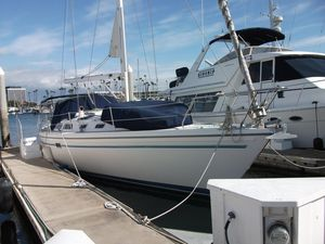 Used Catalina 42 MK 1 Racer and Cruiser Sailboat For Sale