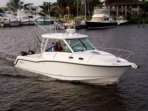 New Boston Whaler 315 Conquest315 Conquest Walkaround Fishing Boat For Sale