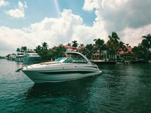 Used Sea Ray 370 Venture Express Cruiser Boat For Sale