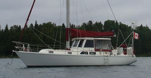 Used Gulfstar 43 Center Cockpit Sailboat Cruiser Sailboat For Sale