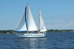 Used Bruce Roberts 43' Spray Fiberglass Ketch Cruiser Sailboat For Sale