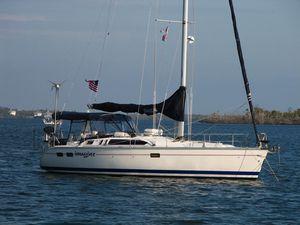 Used Hunter 40.5 Wing Keel Daysailer Sailboat For Sale
