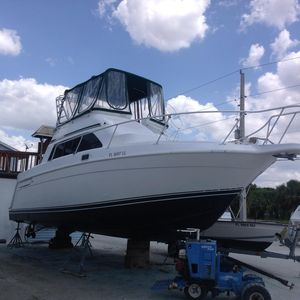 Used Mainship 31 Sedan Bridge Flybridge Boat For Sale