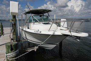 Used Pursuit 2470 Walkaround Bowrider Boat For Sale
