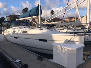 Used Bavaria 36 Cruiser Sailboat For Sale