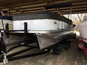 Used Manitou 20 Aurora LE Pontoon Boat For Sale