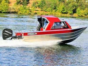 Used Thunder Jet Luxor OB OS Freshwater Fishing Boat For Sale