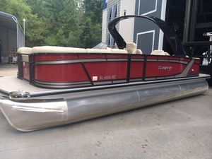 Used Sanpan SP 2500 SRSP 2500 SR Pontoon Boat For Sale
