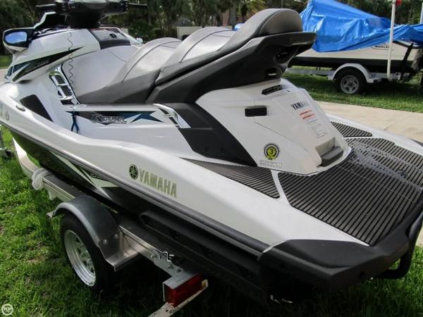 Used Yamaha Waverunner FX SVHO Cruiser Personal Watercraft For Sale