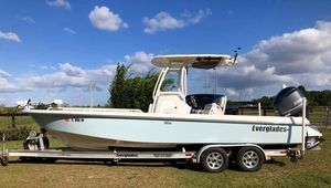 Used Everglades 243 Center Console Center Console Fishing Boat For Sale