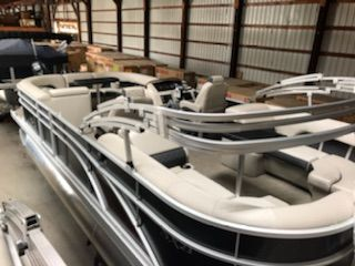 Tritoon For Sale >> 2019 New Bennington 23 Ssrxp Premium Tritoon Pontoon Boat For Sale