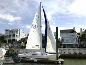 Used Pearson 30 Racer and Cruiser Sailboat For Sale