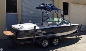 Used Ski Centurion Eclipse Ski and Wakeboard Boat For Sale