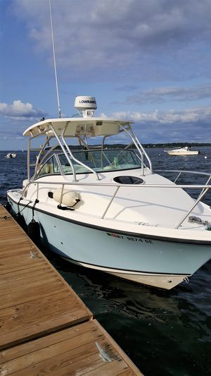 Used Mako 264 Express Center Console Fishing Boat For Sale