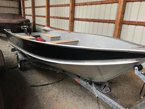 Used Lund WC-14 Sports Fishing Boat For Sale