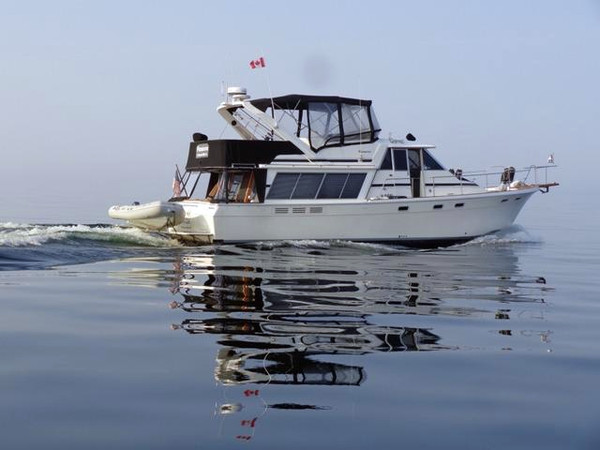 Used Bayliner 4588 Pilothouse Motoryacht Pilothouse Boat For Sale